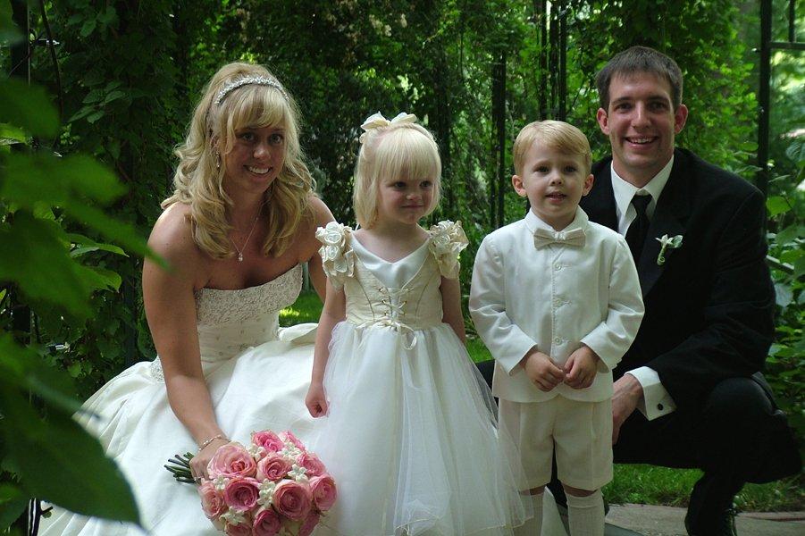 dzieci na weselu i ślubie